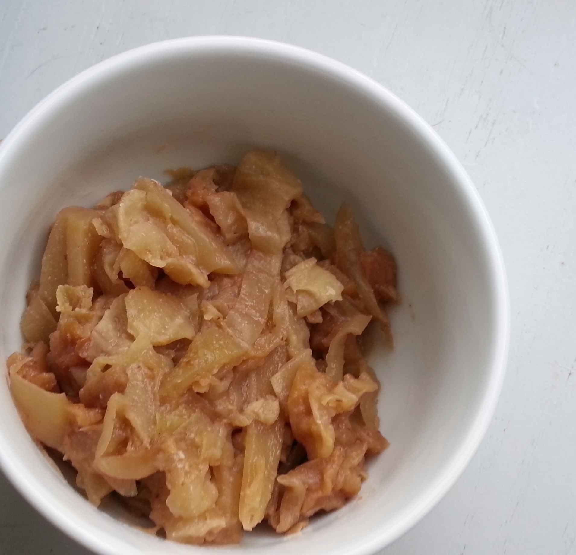 Recipe: Slow cooker cabbage and apples (plus how to cut onions without crying)