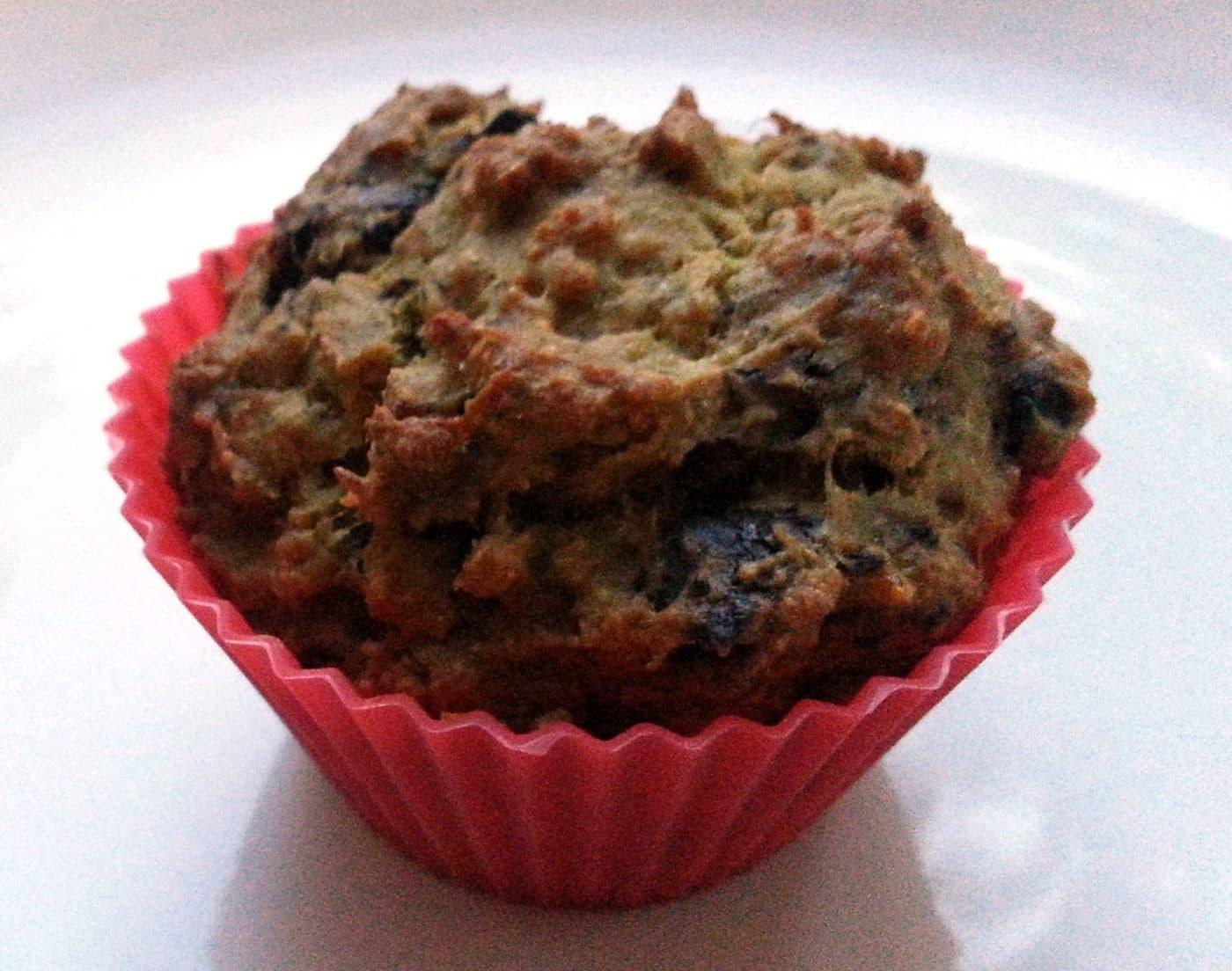 Recipe: Vegan banana chocolate chunk muffins